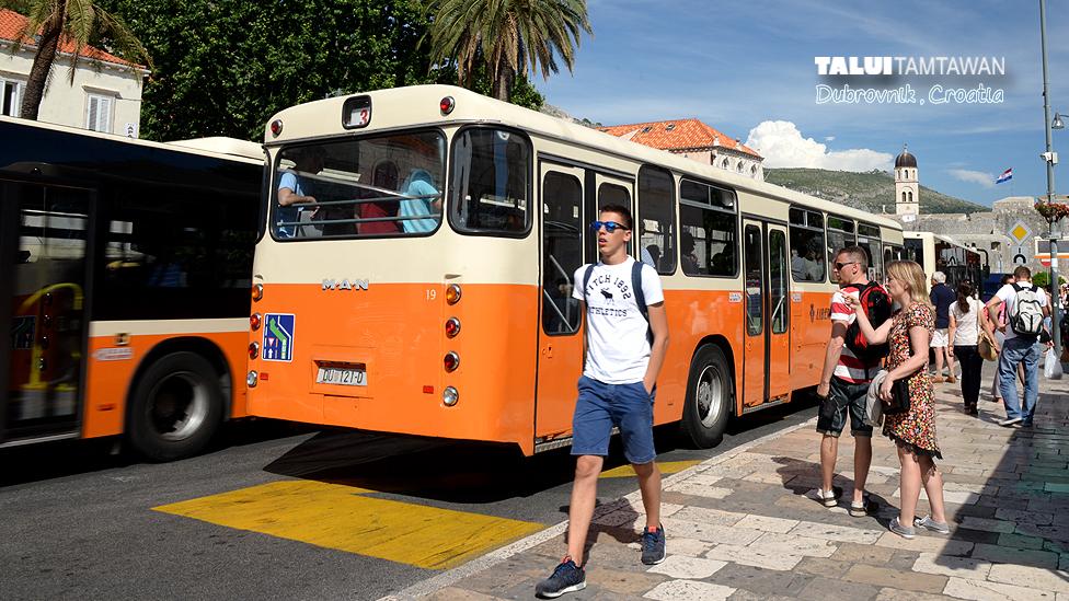 local buses in Dubrovnik, Croatia
