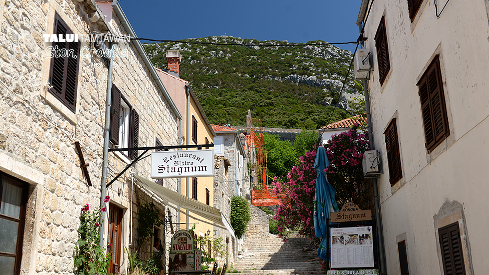 Stine is old & small city in croatia.