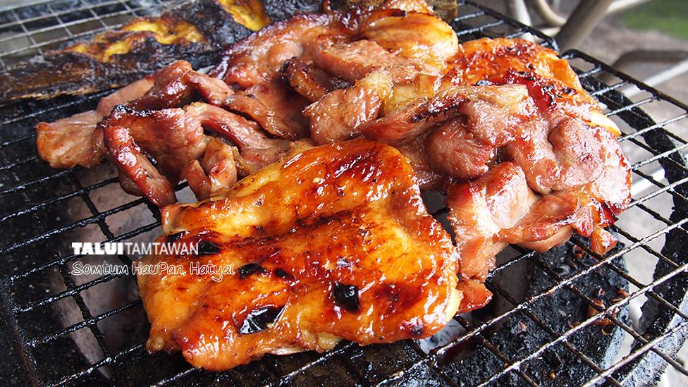 ปลาดุกย่าง คอหมูย่าง ก็ อร่อย ครับ @ ร้านส้มตำหัวพานหาดใหญ่ ตะลุยตามตะวัน ยืนยันความอร่อย ; Somtum HauPan, Hatyai : TaluiTamtawan.Com Approved