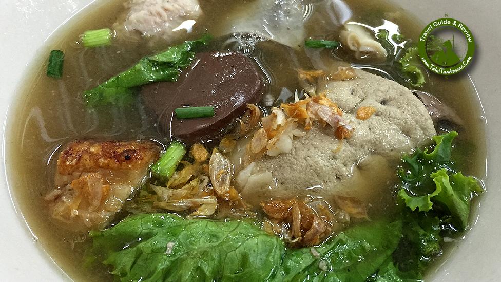 Gao-Lao (Soup without noodle) เกาเหลาเลือดหมูใส่ทุกอย่าง