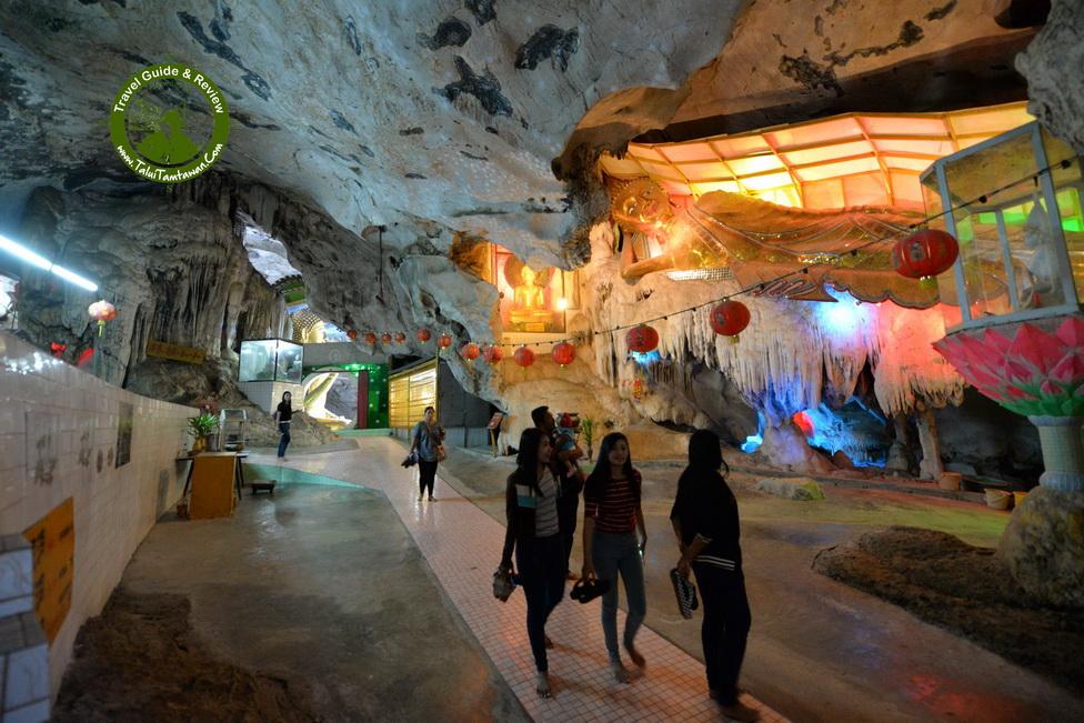 ภายในถ้ำ มีหลาย ถ้ำมากครับ