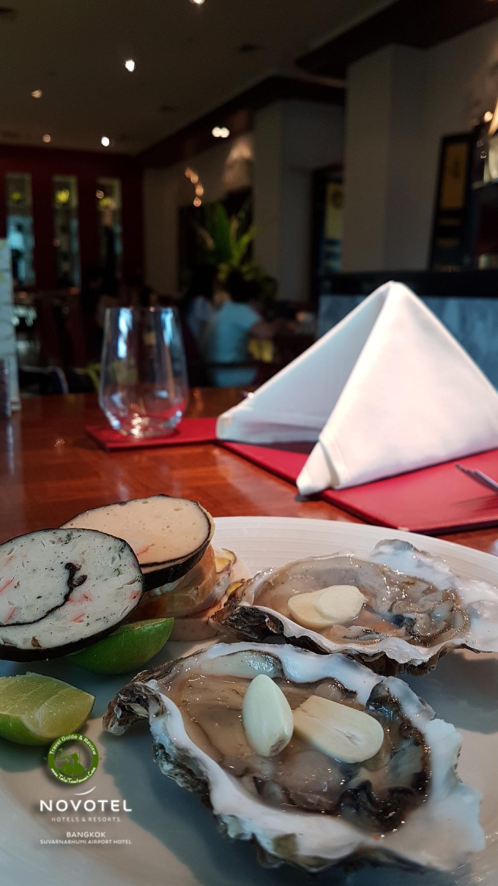 วันพักผ่อน ตื่นสายหน่อย มีอาหารมื้อพิเศษ Lunch : ซึ่งจะเน้น Seafood ครับ